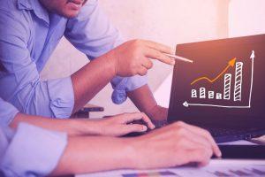 fidelizar o cliente ou ser mais competitivo